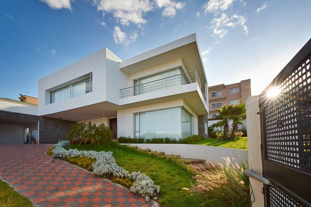 sloping block home builders